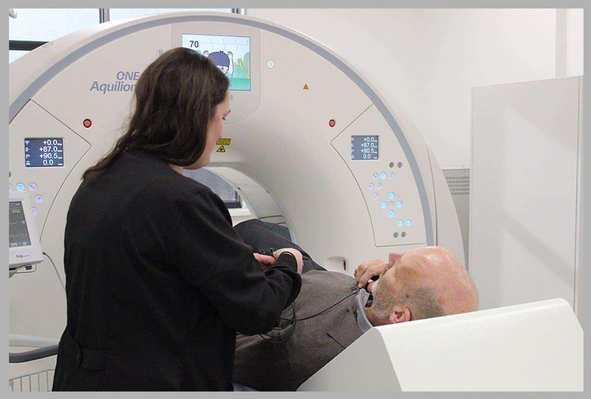 Patient-lying-in-CT-scanner
